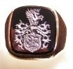 vésett onix címeres gyűrű_1